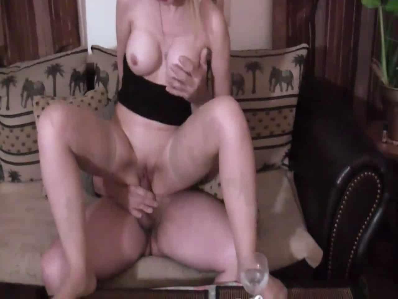 Blonde-Natalie-38266-vid-72585-2