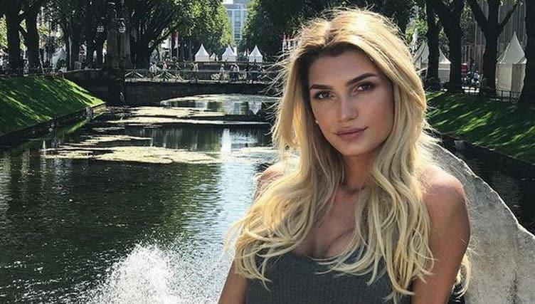Giuliana Farfalla - Transgender Modell