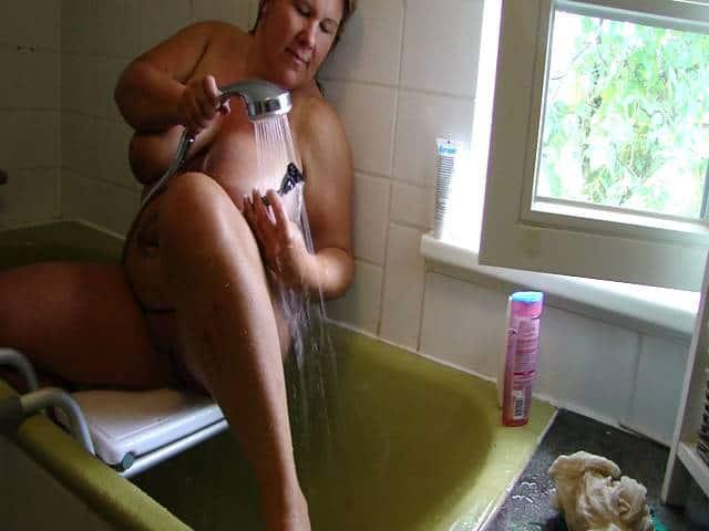 Nackt duschen