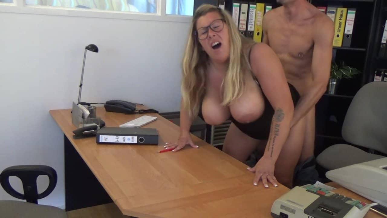 auf dem Schreibtisch gepoppt