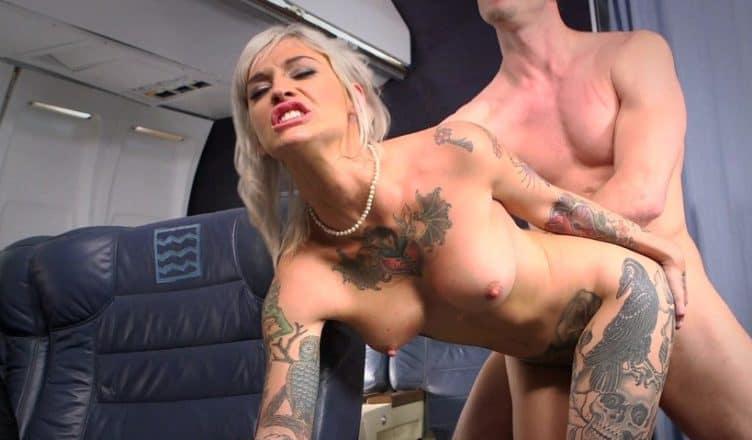Fick Im Flugzeug