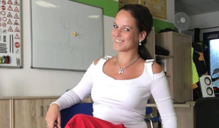 Pearlin in der Fahrschule