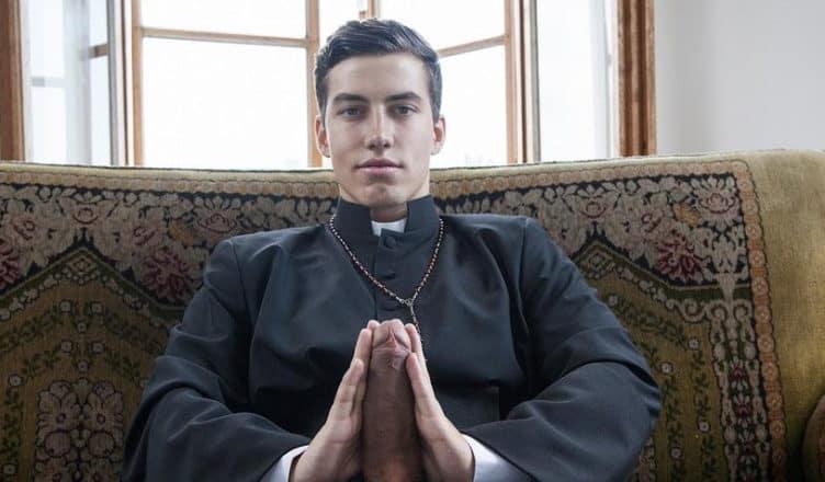 Italienischer Pater feiert wilde Sexorgien